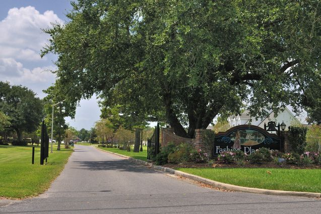 Hahnville Real Estate - Photo 2