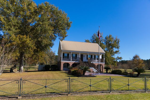 Amite Real Estate - Photo 2