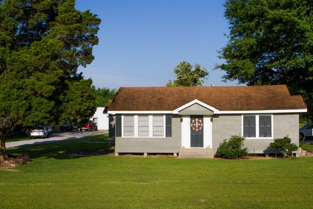 St. Amant Real Estate - Photo 4
