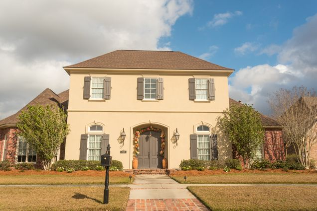 Gonzales Real Estate - Photo 2