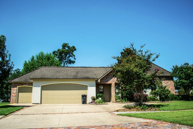 Greenwell Springs Homes for Sale - Photo 11