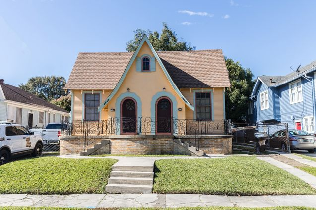 Gentilly Real Estate - Photo 2