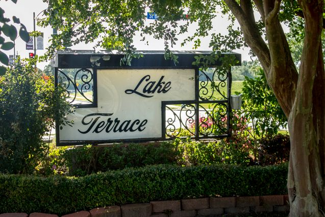Lake Terrace Homes for Sale - Photo 1