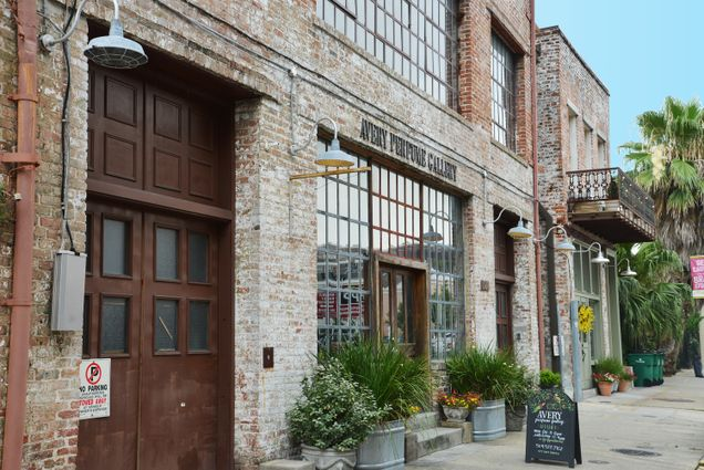 Warehouse District Real Estate - Photo 2