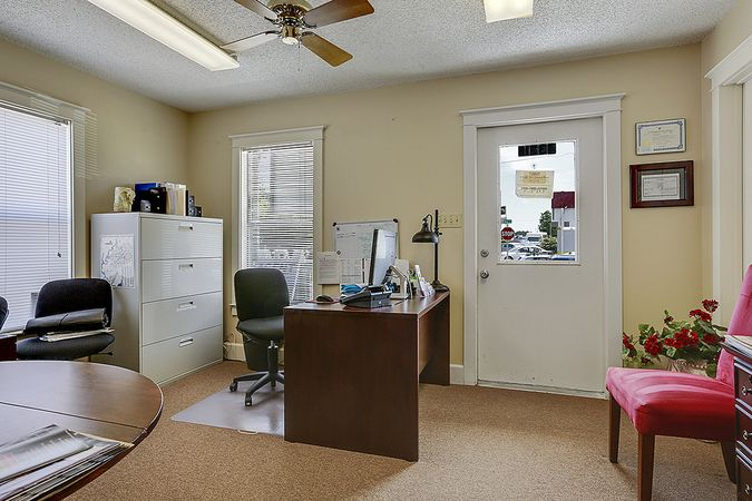 Diamondhead - Real Estate Office