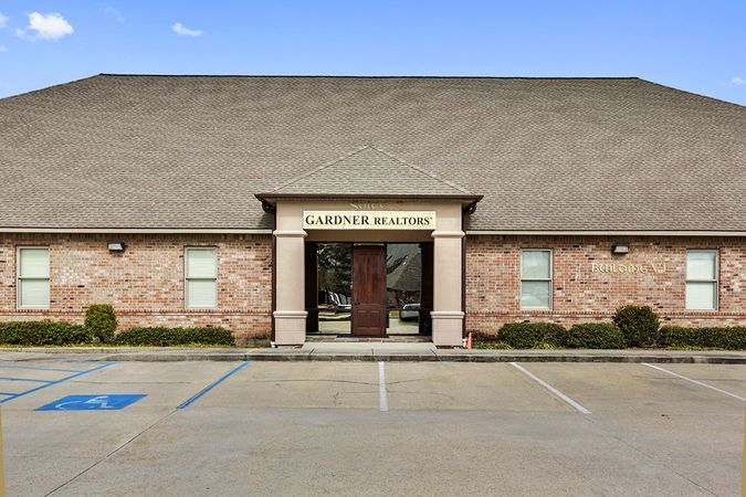 Baton Rouge - Real Estate Office