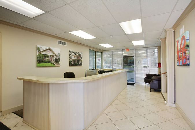 Metairie - Real Estate Office