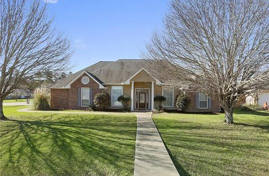 416 GAINESWAY DR Madisonville, LA 70447 - Image 2