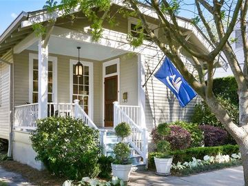 1815 JOSEPH Street New Orleans, LA 70115