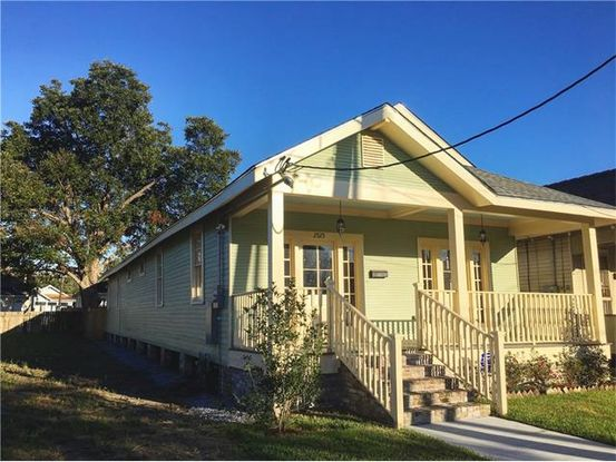 Photo of 2525 SONIAT ST New Orleans, LA 70115
