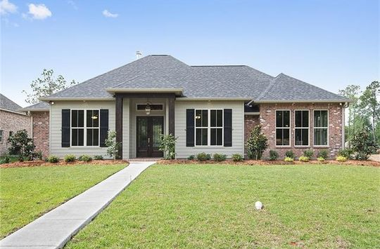 429 COTTONWOOD CREEK LN Covington, LA 70433 - Image 1