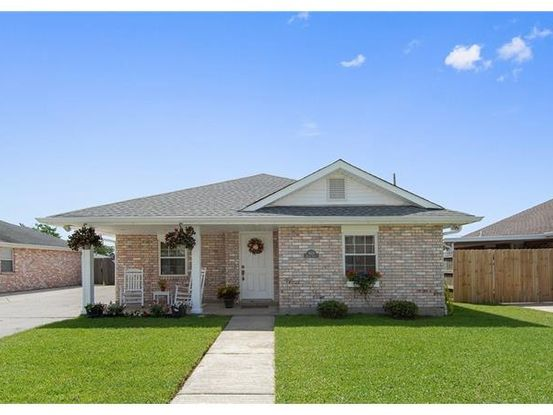 Photo of 3624 KAREN Drive Chalmette, LA 70043