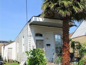 528 TUPELO Street New Orleans, LA 70117 - Image 1