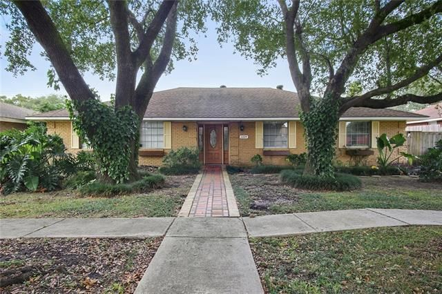 2224 N FRIENDSHIP DR Harvey, LA 70058 - Image