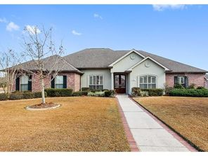 201 LAC IBERVILLE Drive - Image 2