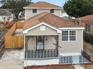 2213 INDEPENDENCE Street New Orleans, LA 70117 - Image 1