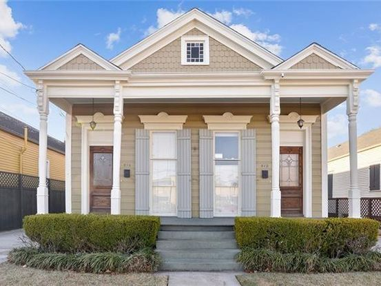 Photo of 810 HENRY CLAY Avenue New Orleans, LA 70118