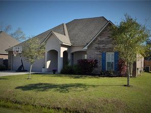 816 WOODSPRINGS Court - Image 2