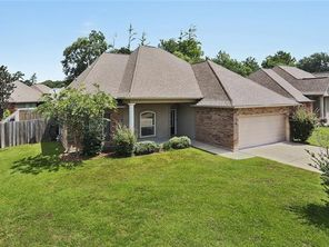 819 WOODSPRINGS Court - Image 2