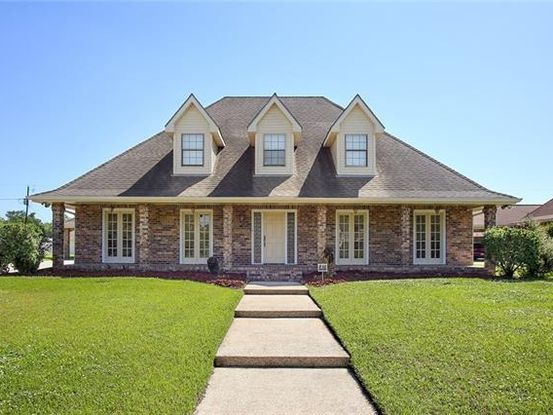 Photo of 2716 CEDARLAWN Drive Marrero, LA 70072