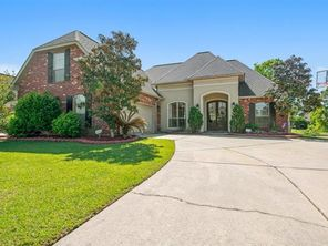 218 CYPRESS LAKES Circle - Image 4