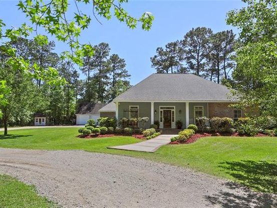 Photo of 144 FOREST Circle Slidell, LA 70461