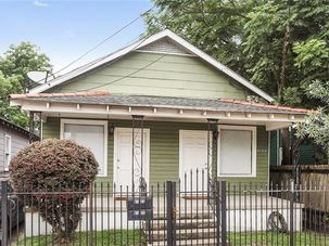8133 MAPLE Street New Orleans, LA 70118 - Image 1