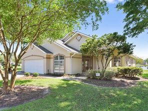 105 W LAKEVIEW Drive - Image 6