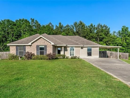 Photo of 40068 MCPHAUL Lane Ponchatoula, LA 70454