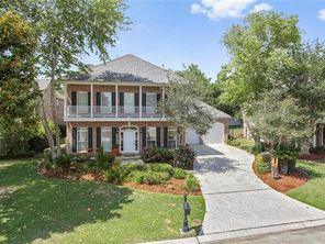 48 FAIRWAY OAKS Drive - Image 3