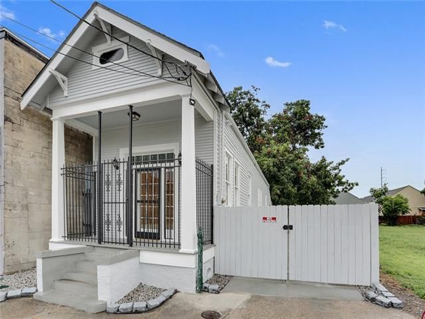 2925 TULANE Street New Orleans, LA 70119 - Image