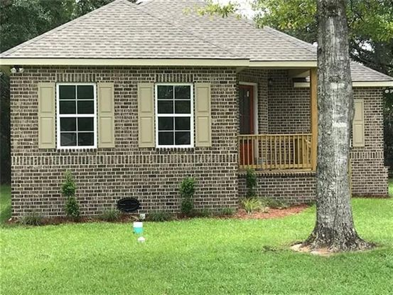 Photo of 61258 FOREST Drive Lacombe, LA 70445