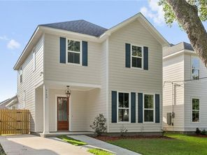6103 BELLAIRE Drive - Image 3