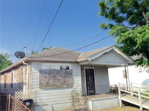 3052 N MIRO Street - Image 3