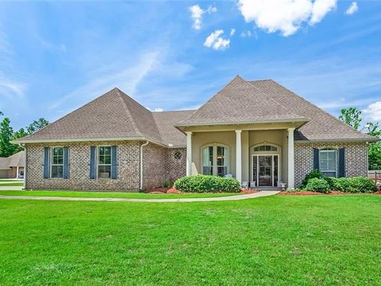 Photo of 530 AUTUMN WIND Lane Mandeville, LA 70471