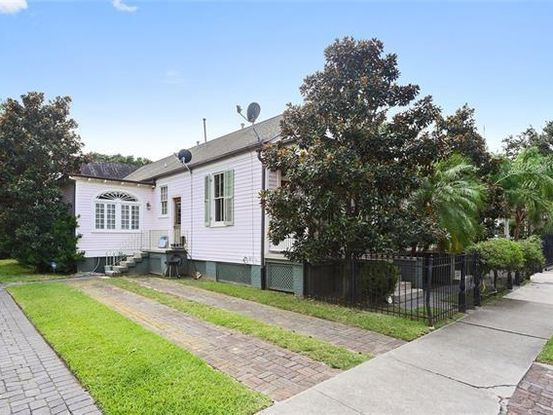 Photo of 7902 OAK Street New Orleans, LA 70118