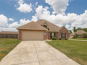 15567 HACKBERRY Court Hammond, LA 70403 - Image 1