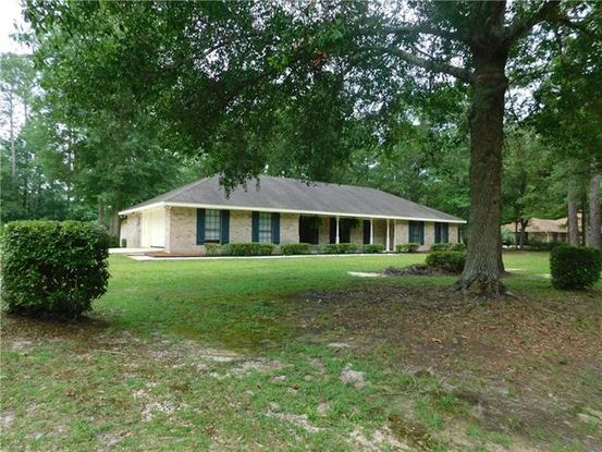Photo of 30420 SAINT JOHN Drive Lacombe, LA 70445