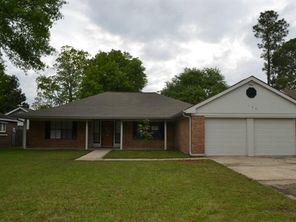 133 GOLDENWOOD Drive - Image 2