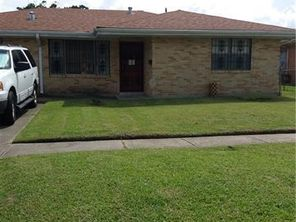 1005 GOVERNOR HALL Drive - Image 4