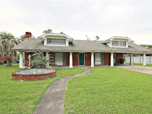 108 TINSLEY Drive Belle Chasse, LA 70037 - Image 1