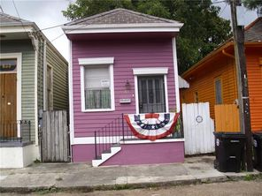 831 CONGRESS Street - Image 1
