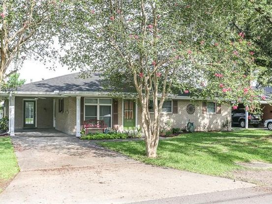 Photo of 652 PINE Street Norco, LA 70079