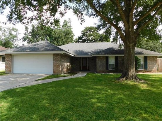Photo of 1608 RUE CHARTRES Drive Slidell, LA 70458