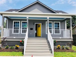 6053 WARRINGTON Drive New Orleans, LA 70122 - Image 1