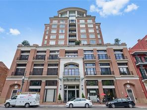 625 ST CHARLES Avenue PHC - Image 1