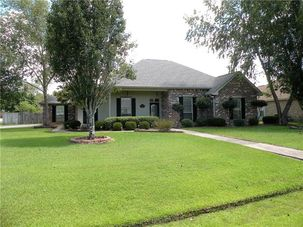 401 GAINESWAY Drive Madisonville, LA 70447 - Image 1