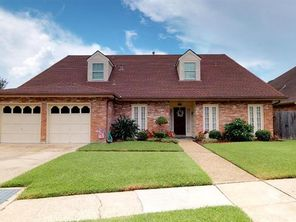 7401 STONELEIGH Drive - Image 3