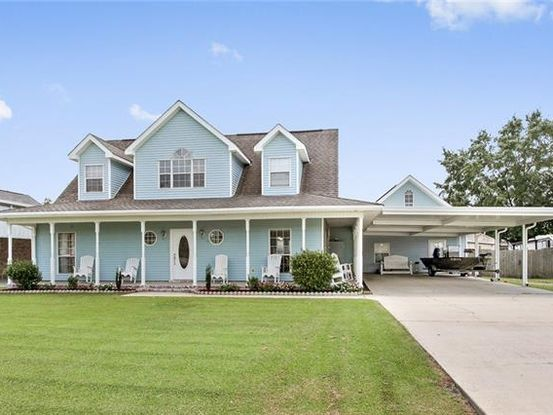 Photo of 106 BAYOU ESTATES SOUTH Drive Des Allemands, LA 70030