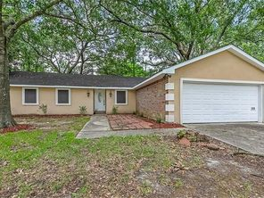 306 CLOVER Drive - Image 4